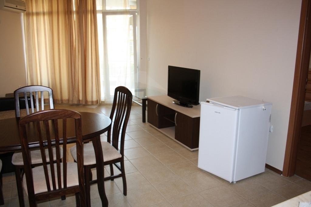 Кімната у готелі. Англомовний дитячий табір в Болгарії (Ахелой)